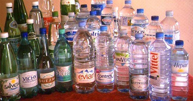 bouteilles-eau-minerales1