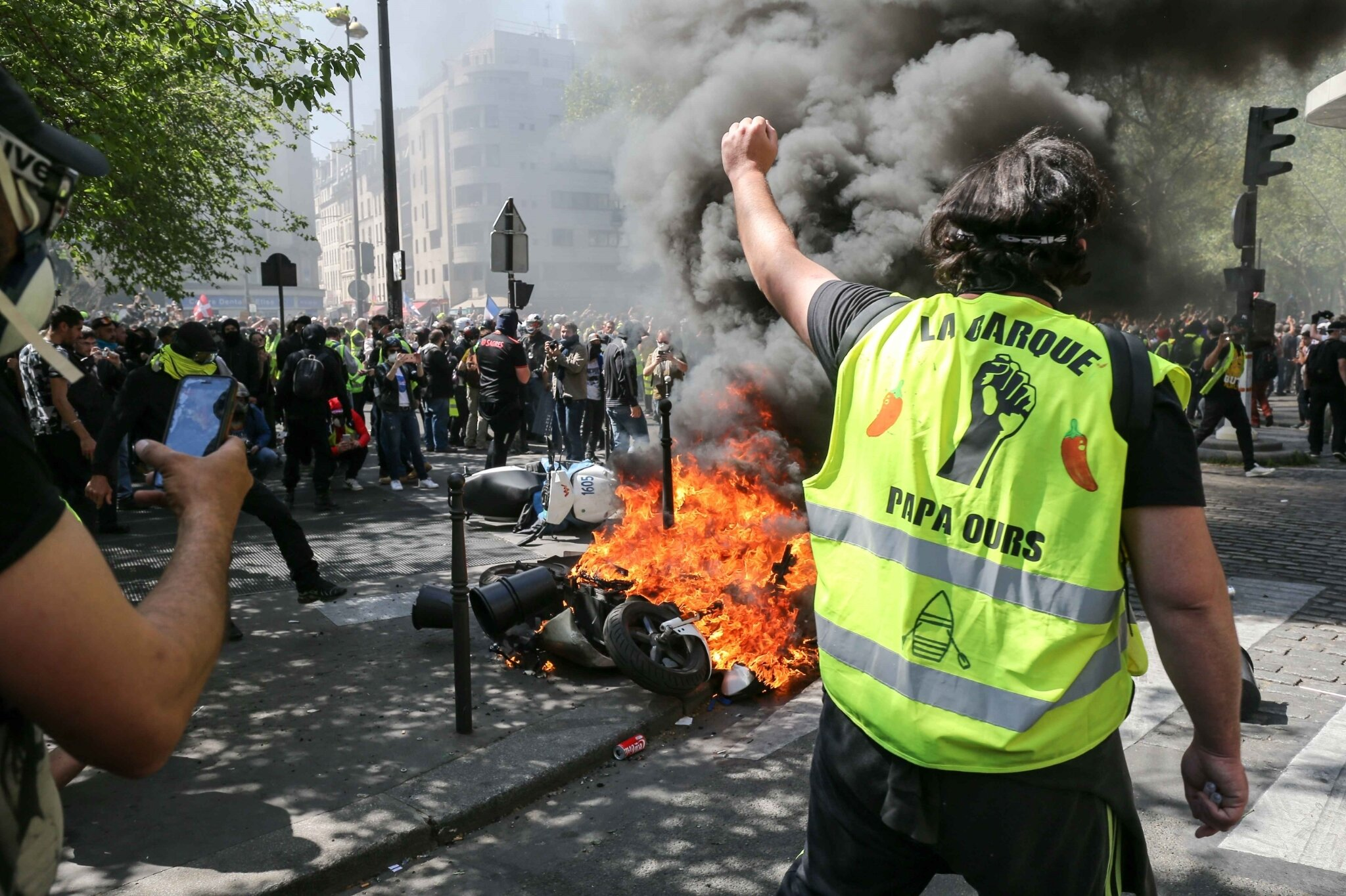 Gilets jaunes : 27.900 manifestants en France, incidents à Paris. © Michel Stoupak. Sam 20.04.2019, 13h40m38.
