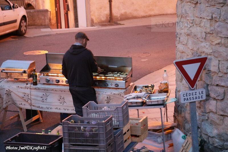 Photos JMP©Koufra 12 - Cornus - Marché de Pays - Les Contraires - 16082019 - 0210
