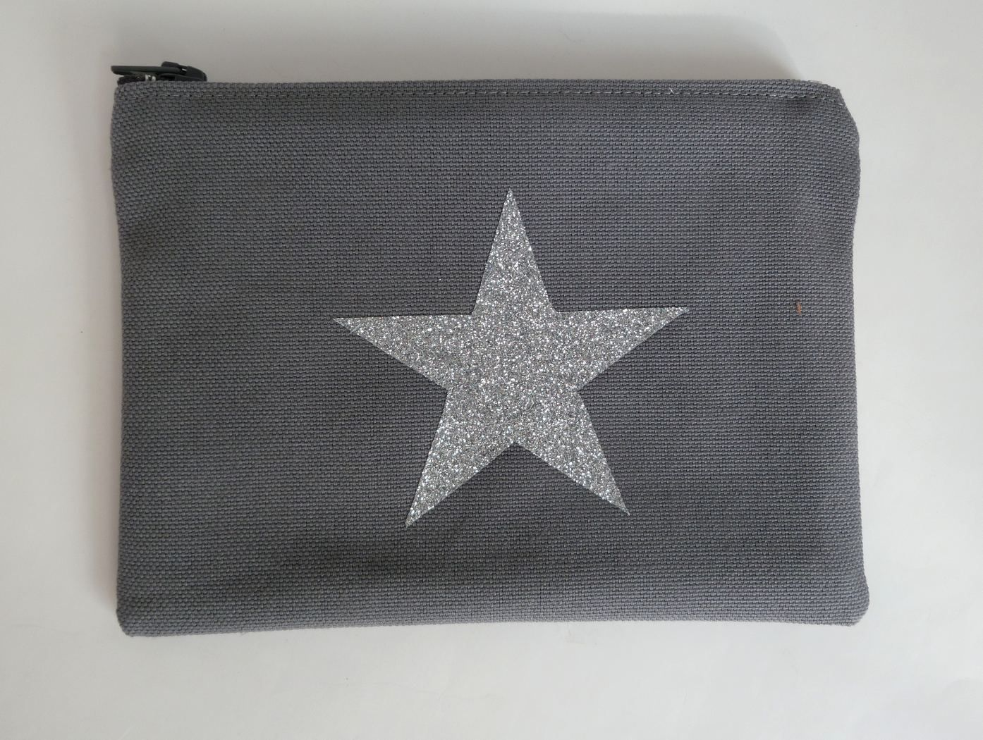 SR2007 pochette grise étoile-gimagea