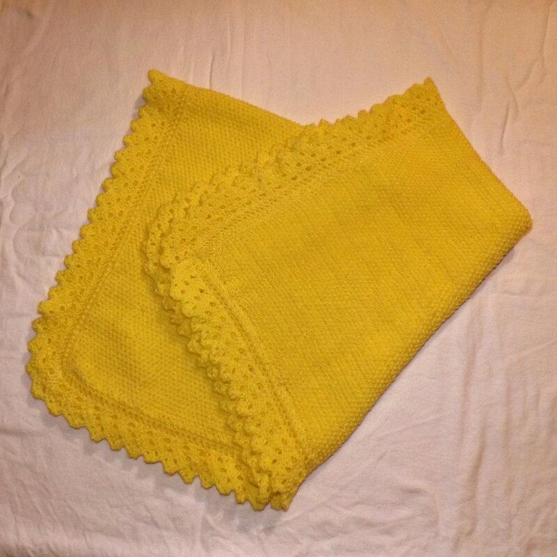 couverture BB jaune