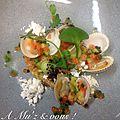 Tartare de saumon, coques, vinaigrette iodée