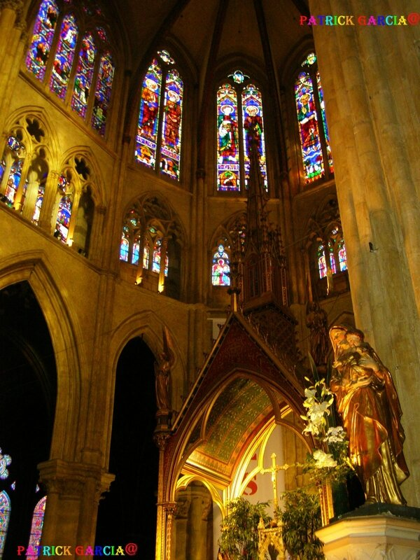 BAYONNE CATHEDRALE INT 995B copie