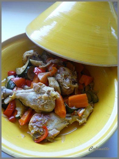 tajine de poulet carottes poivrons et courgettes 01