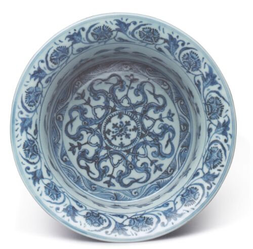 Blue and white 'floral' basin, Ming dynasty, Yongle period