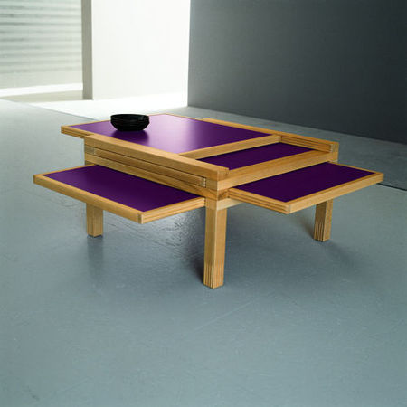 Table_Basse_Carree_Sculptures_Jeux_Table_Par_4_Basse_Hetre_Violet_Et_Rouge