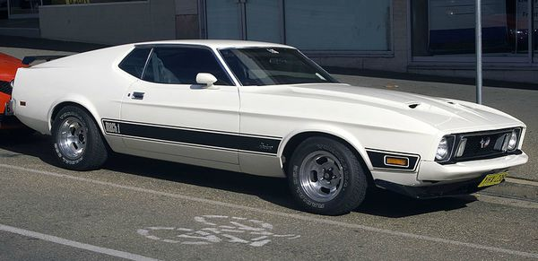 1973_Ford_Mustang_Mach1_White
