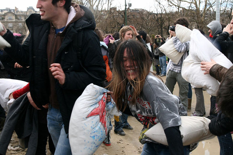 28-Pillow Fight 2010_2653