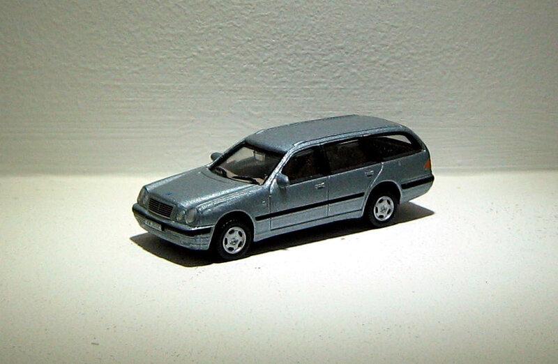Mercedes 300 T (1