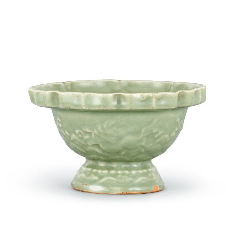 A longquan celadon 'mythical beast' footed bowl Ming Dynasty