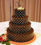 choc_pearls_wedding_cake