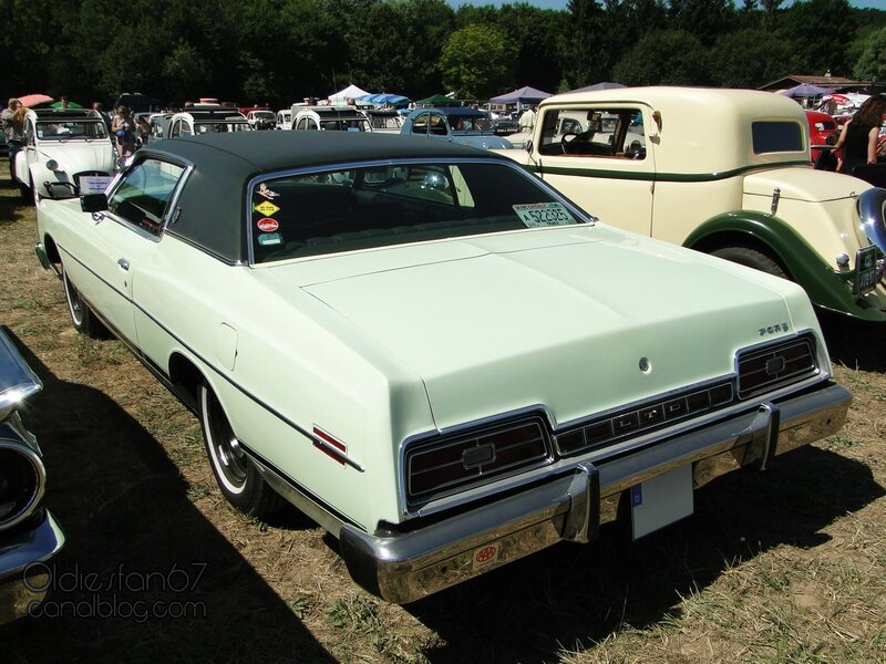 ford-ltd-coupe-1973-02
