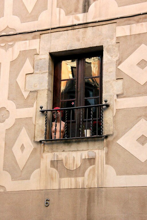 11-Barcelone, mannequin, fenêtre, insolite_6047
