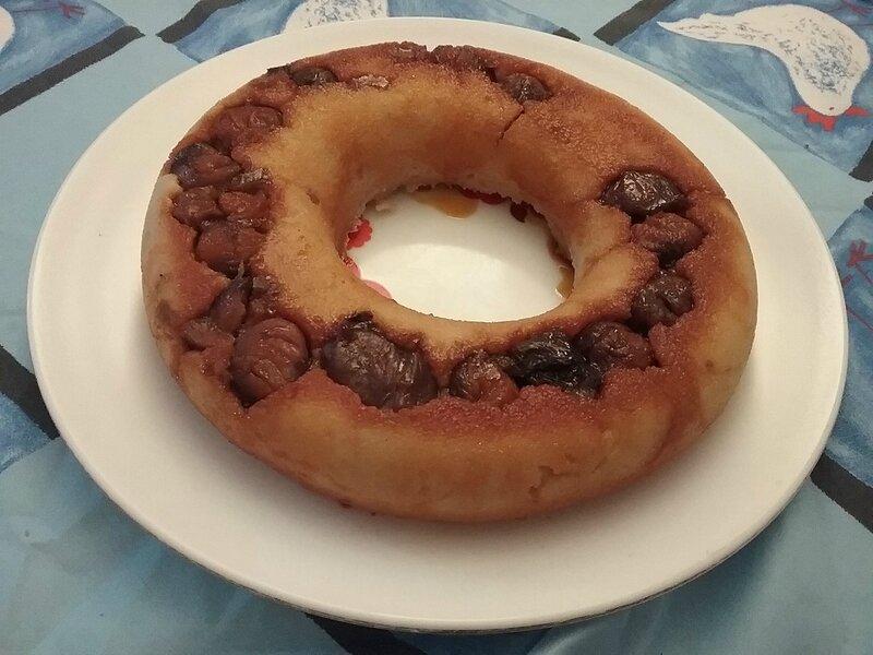 Gâteau de semoule aux marrons entiers et leur crème