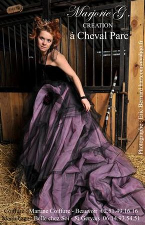 1_cheval_parc_sallertaine_marjorie_g_creation_robe_de_mari_e__challans_85__gothique_violetta_colombe_pirate__blog__Small_