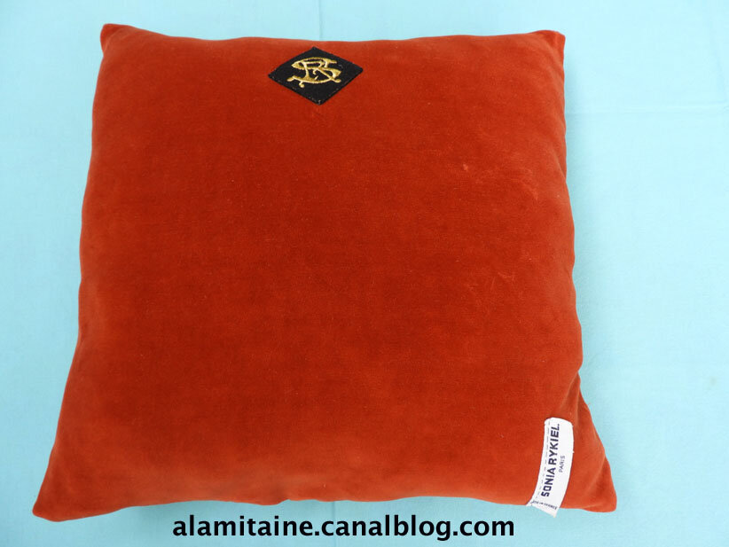 coussin Catherine orange 02