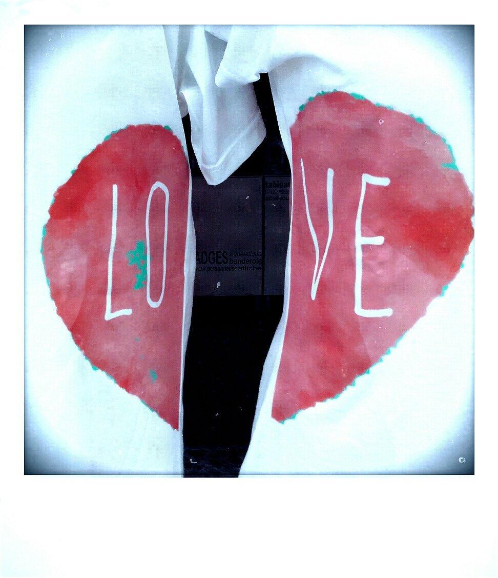Love tee shirt_1456064349049