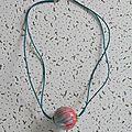 pendentif filaments roses oranges et bleus 7 €
