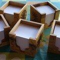 pots à crayons et bloc notes