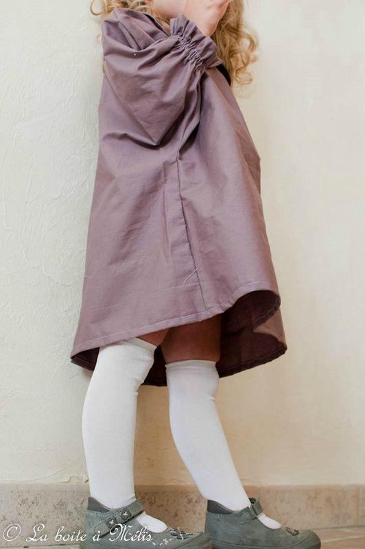 robe cucito Nais contre bas
