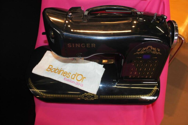 black singer collector vintage bobines d'or
