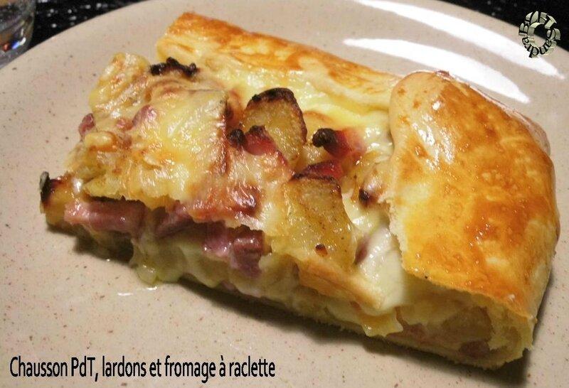 0225 Chausson PdT, lardons et fromage à raclette 2