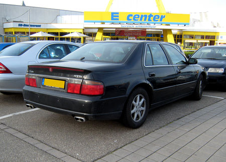 Cadillac_STS__Offenbourg__02