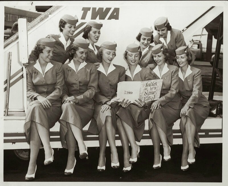 Retro Uniforms of Flight Attendants (4)