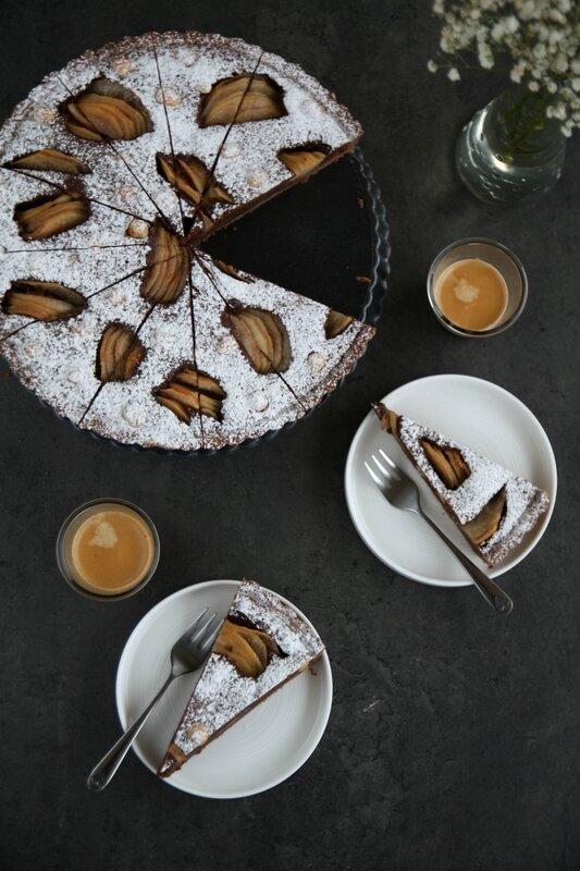 tarte au chocolat, poires et noisettes2