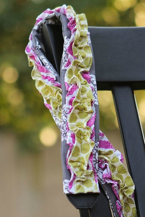 ruffled-camera-strap-tutorial-1
