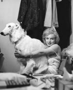 1958-05-27-by_richard_avedon-for_LIFE-mm_as_jean_harlow-backstage-010-1