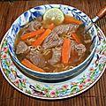 Soupe chinoise de boeuf aux carottes et citron vert