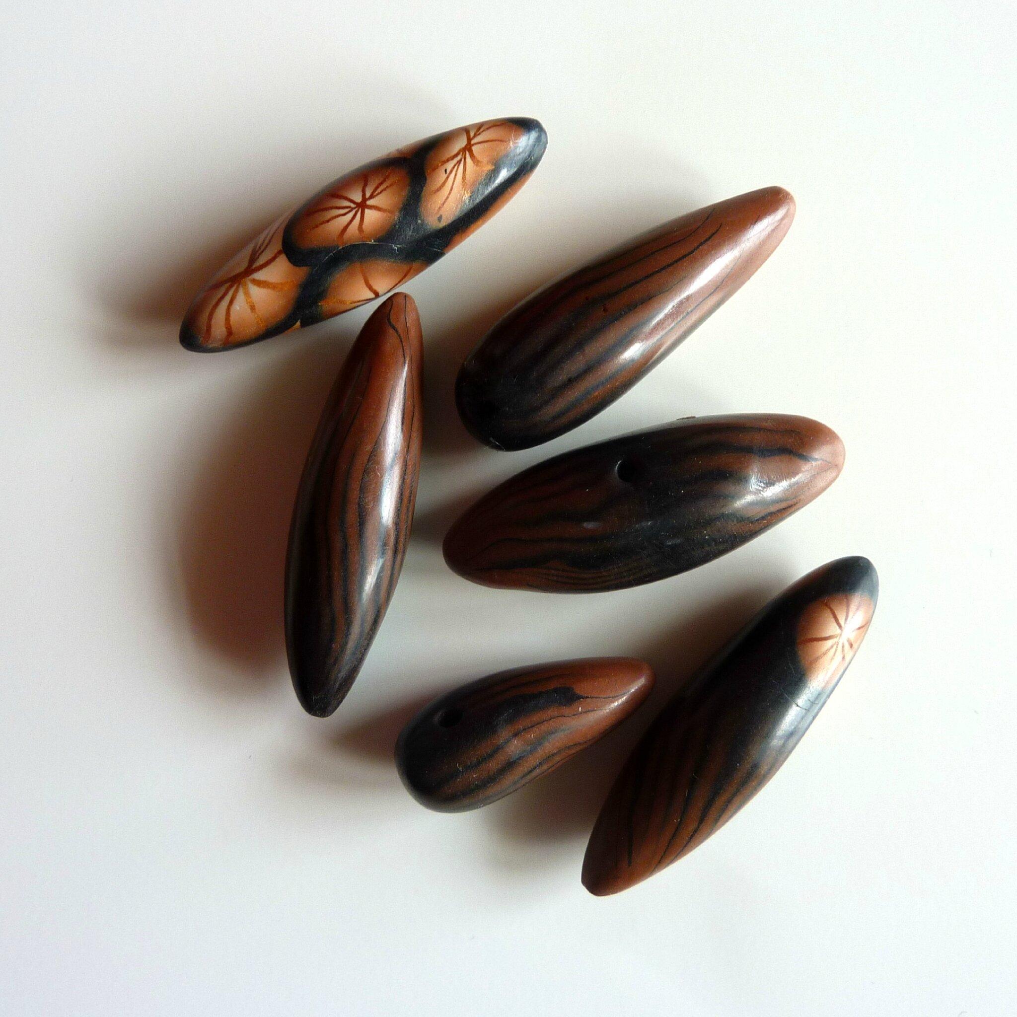 Bruns et noirs - Pendentifs argile polymère