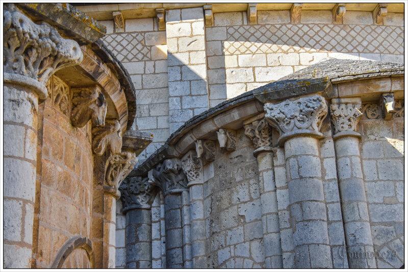 Poitiers Histoire de l'église Saint-Hilaire-le-Grand reconstruite avec des subsides accordés par Clovis (11)