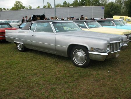CadillaccoupeDeville1970av1