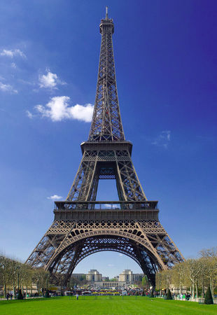 Tour_Eiffel___Paris_1