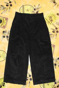 pantalon velours noir 4ans Burda 9781