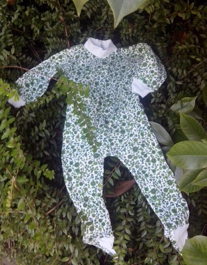 babygro fleurs vertes