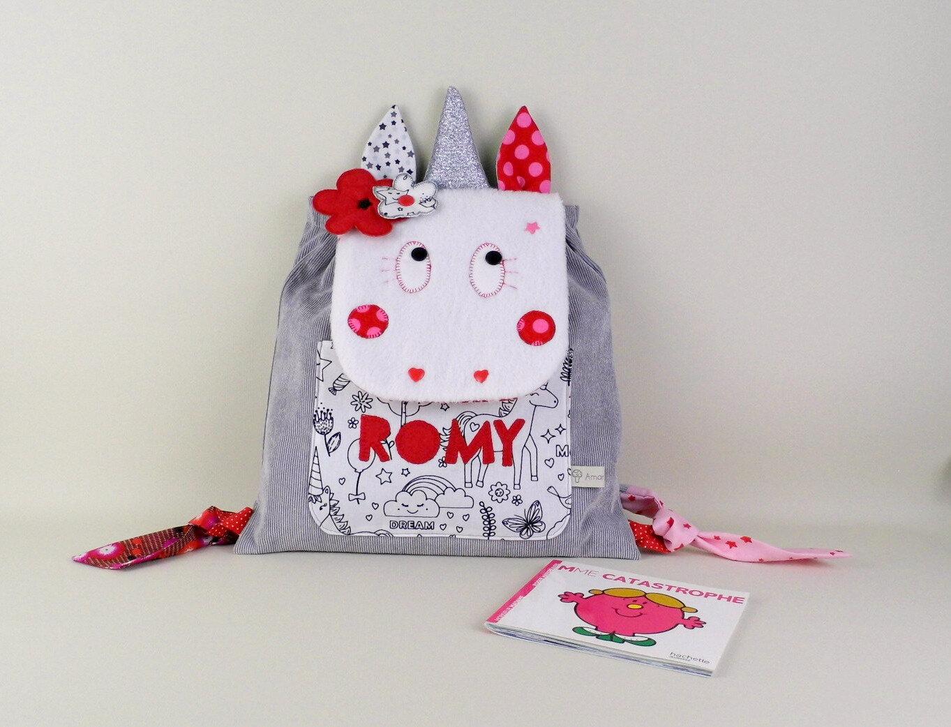 Sac à dos personnalisable maternelle licorne cartable personnalisé prénom Romy rouge rose gris