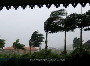 cyclone_vania_003