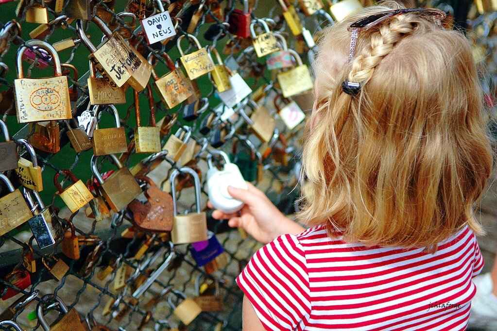Pont des Arts Paris.