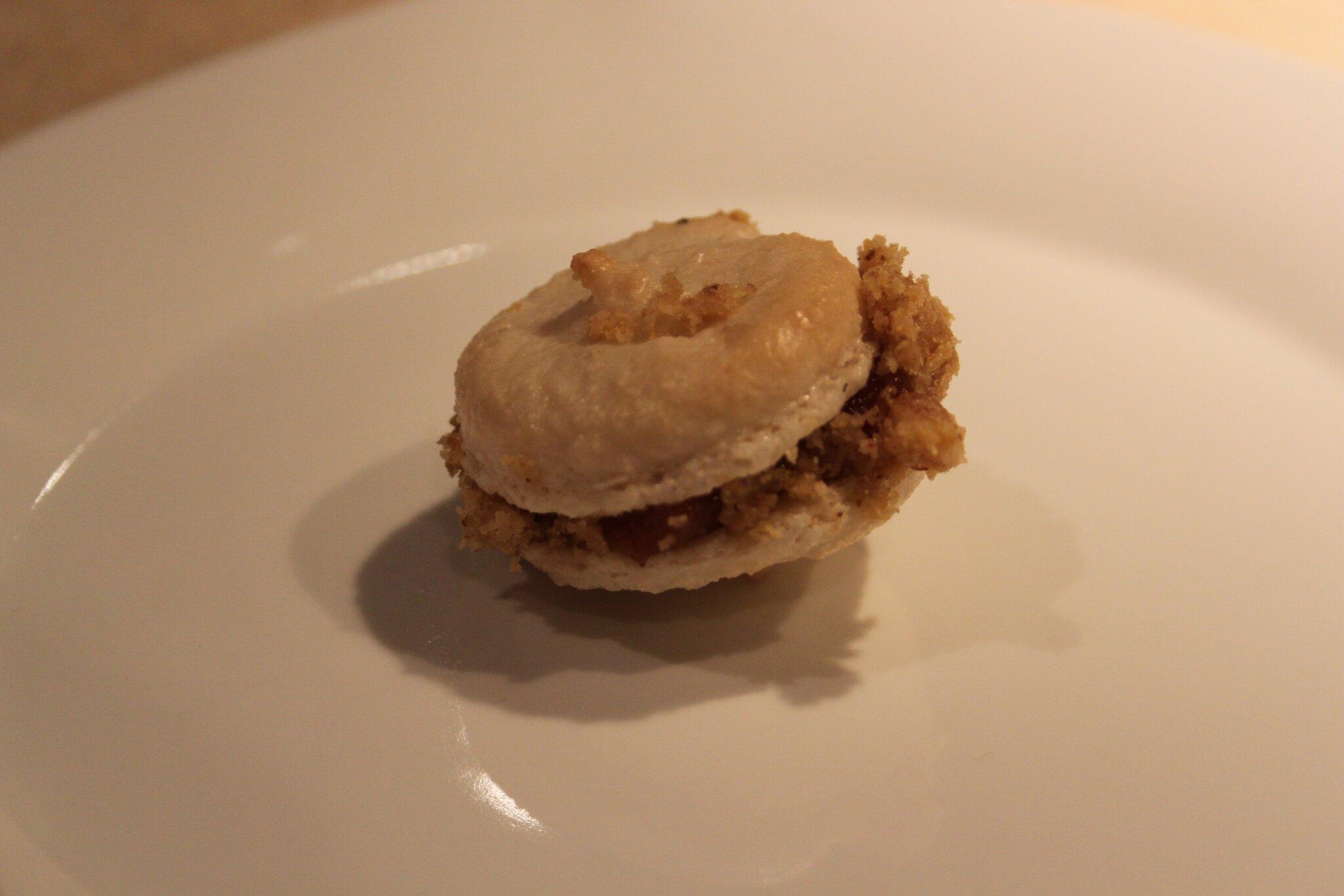 Macarons Au Foie Gras Et Nougatine De Noix Car O Delices