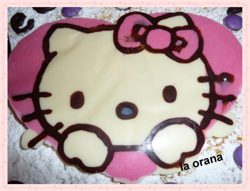 Hello-Kitty en chocolat