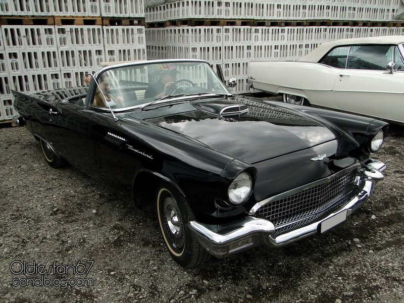 ford-thunderbird-1957-01