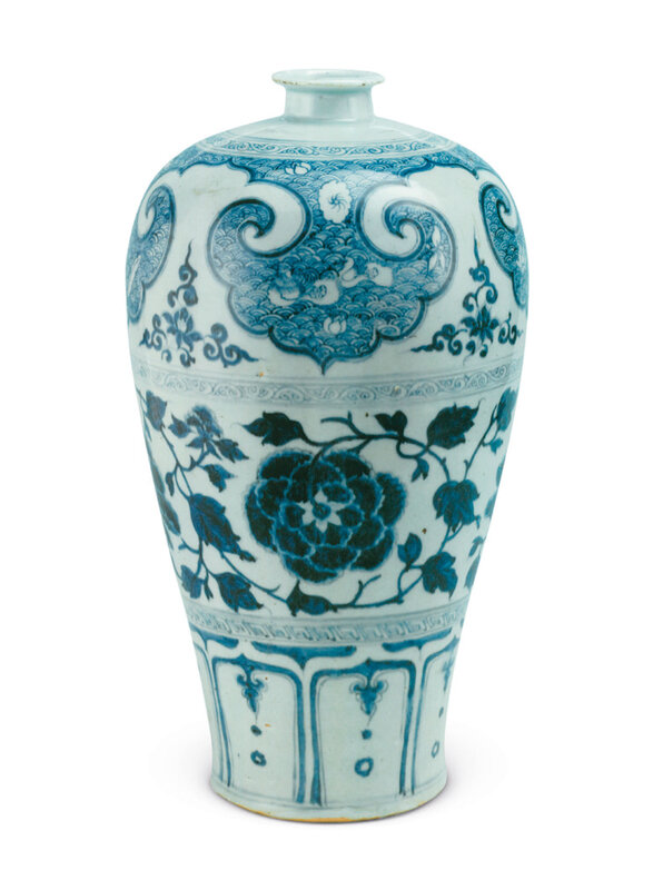 2019_HGK_16696_3004_003(a_superb_large_blue_and_white_meiping_yuan_dynasty)