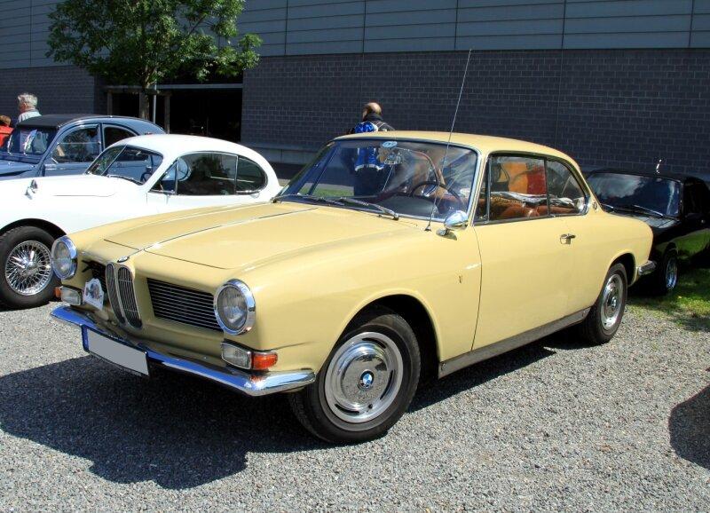 BMW 3200 CS (RegioMotoClassica 2010) 01