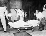 1957_08_01_NY_arrive_hospital_fausse_couche_010_010_1