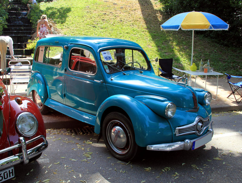 La Panhard Dyna X Break De 1953 34 232 Me Internationales