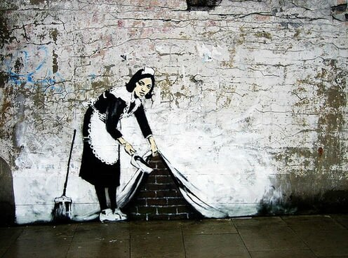 -maid-banksy-berlin-germany+1152_12868970390-tpfil02aw-13780