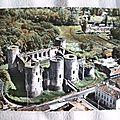 Villandraut - vieux chateau- bati en 1306